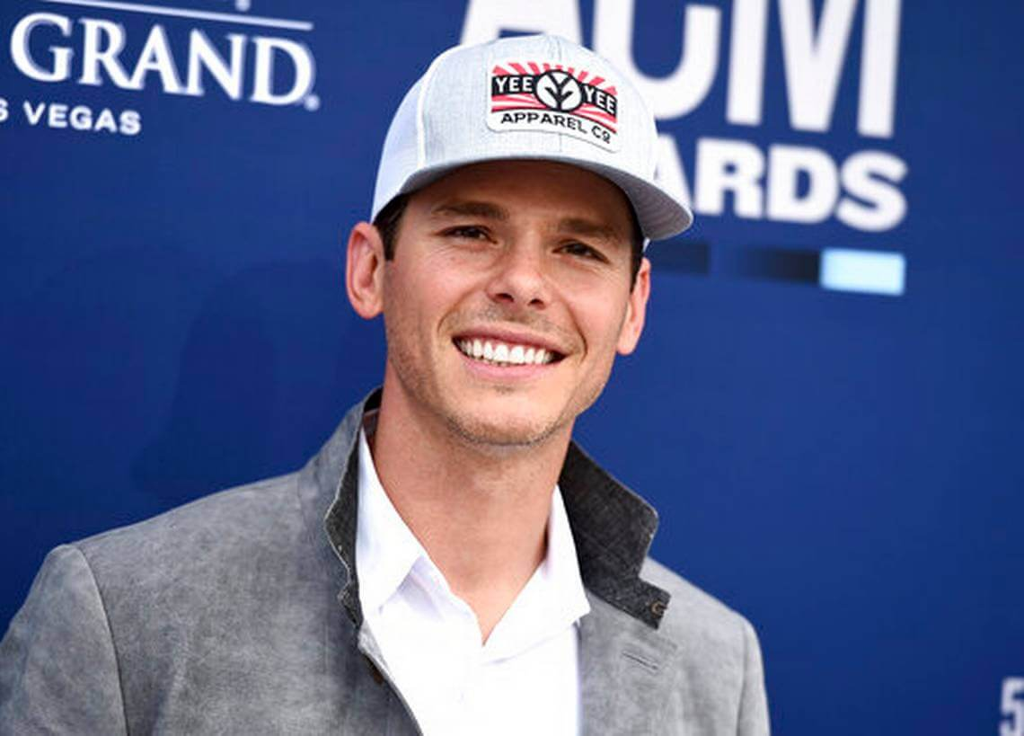 Granger Smith Wiki, Age, Height, Weight, Music Career, Family, Wife, Child's Death, Biography & More
