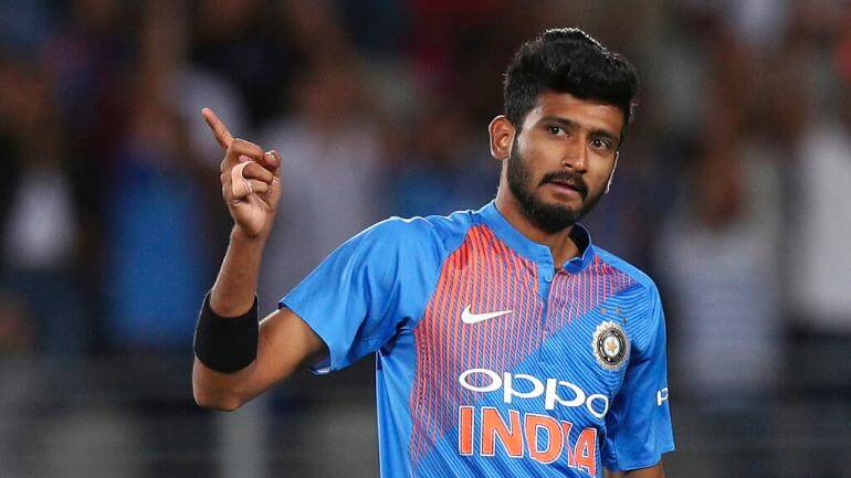 Khaleel Ahmed Wiki, Height, Weight, Age, Cricket Career, Family, Girlfriend, Biography & More