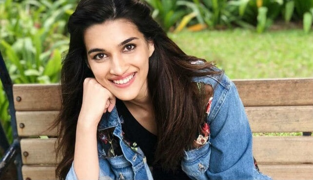 Kriti Sanon Wiki, Age, Height, Weight, Career, Caste, Family, Boyfriend, Biography & Latest Movie