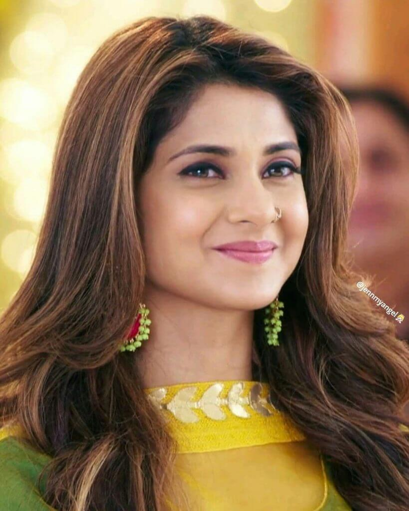 Jennifer Winget Wiki, Age, Height, Weight, Family, Husband ...