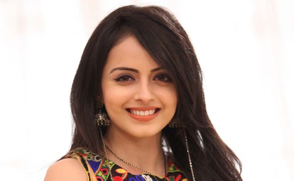 Shrenu Parikh Wiki, Age, Height, Weight, Family, Boyfriend, Career, Caste, Biography & More