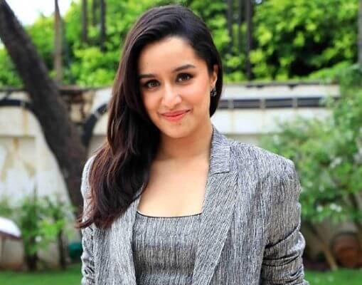 Shraddha Kapoor Hobbies, Favourite