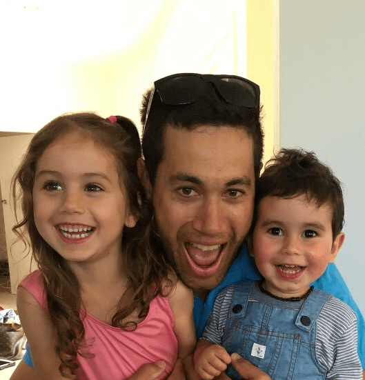 Ross taylor with his son and daughter