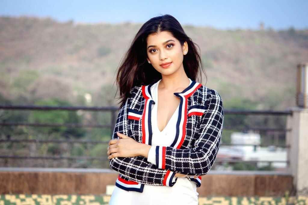 Digangana Suryavanshi Wiki, Age, Height, Weight, Family, Boyfriend, Career, Biography, Images & More
