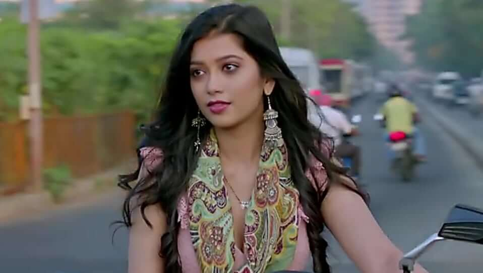 Digangana Suryavanshi Career, Acting Debut