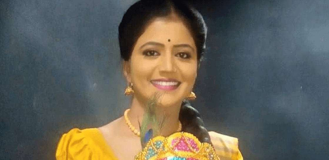 Teenmar Savitri Shiva Jyothi Wiki, Age, Height, Weight, Family, Caste, Boyfriend, Biography & Images