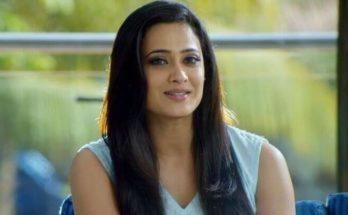 Shweta Tiwari Wiki, Age, Height, Weight, Family, Caste, Boyfriend, Biography & Images