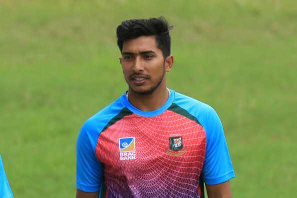 Soumya Sarkar Wiki, Height, Weight, Age, Records, Family, Girlfriend, Biography, Images & More