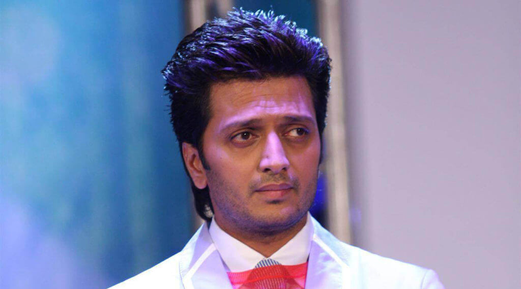 Riteish Deshmukh Wiki, Height, Weight, Age, Family, Girlfriend, Wife, Caste, Biography & Images