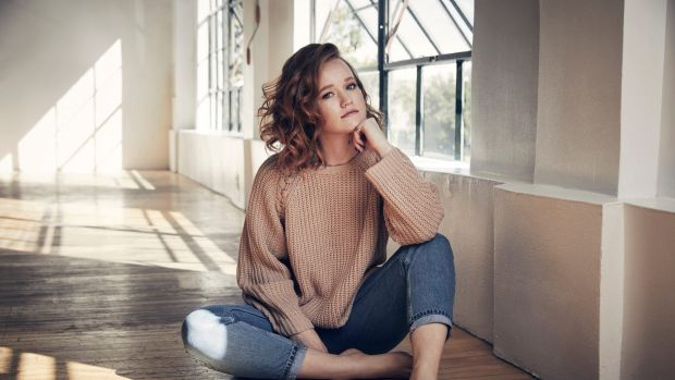 Liv Hewson Wiki, Age, Height, Weight, Family, Husband, Boyfriend, Biography & Images
