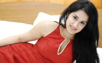 Sagarika Ghatge Wiki, Age, Height, Weight, Family, Husband, Boyfriend, Biography & Images